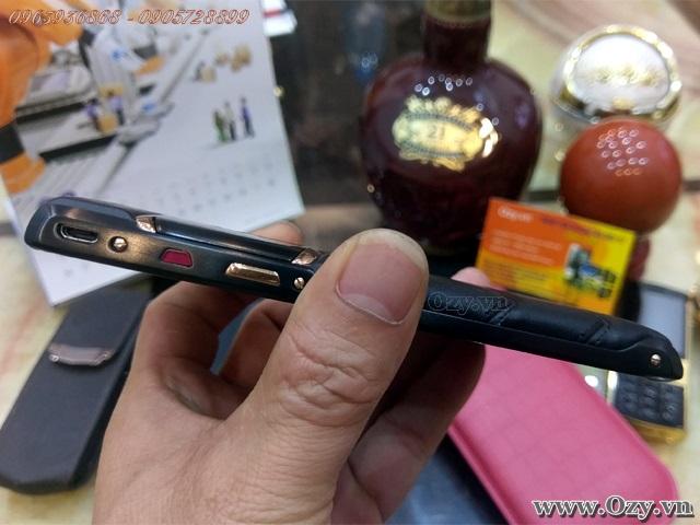 Vertu signature new touch black mixd gold